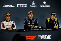 Nyck De Vries (NLD, ARTE GRAND PRIX); vencedor da corrida, Nicholas Latifi (CAN, DAMS) e Jack Aitken (GBR, CAMPOS RACING) na conferência de imprensa em 3 de Agosto de 2019, Hungria. (Foto por: Joe Portlock / LAT Images / FIA F2 Championship©)